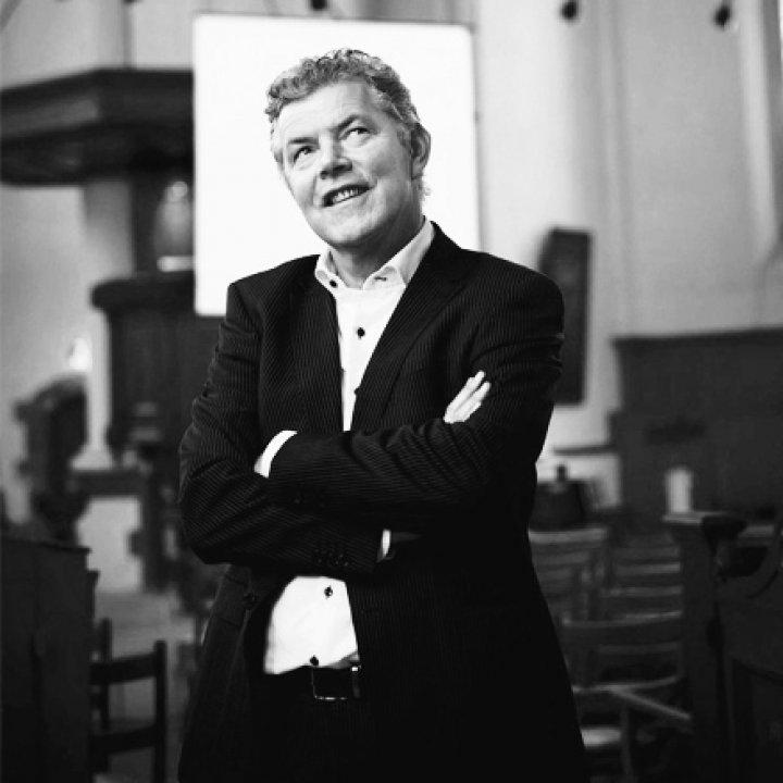 Dr. P.J. Visser